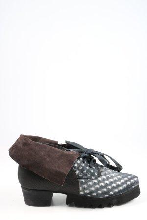 Papucei Zapatos brogue estampado a lunares look casual