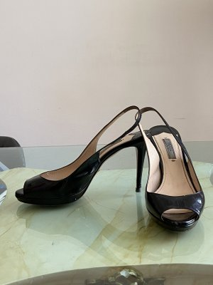 Parada peep toe pumps
