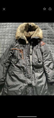 Parajumper Winterjacke in schwarz oder dunkelblau