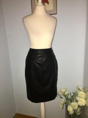 Paraphrase Leather Skirt black
