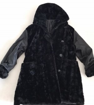 Pelt Jacket black