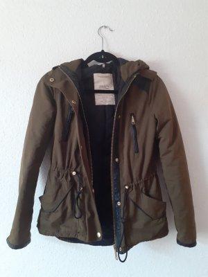Parka gefütterter Mantel von Zara Größe XXS