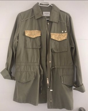 Reserved Parka cachi
