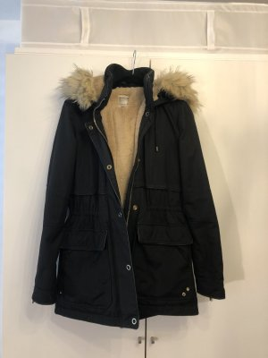 Parka / Winterjacke von Zara mit Kunst Fell-Kapuze