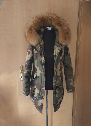 Parker für den Winter mit echtem Fuchsfell