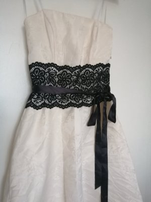 Classic Evening Dress white