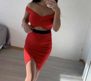 Robe portefeuille rouge-noir