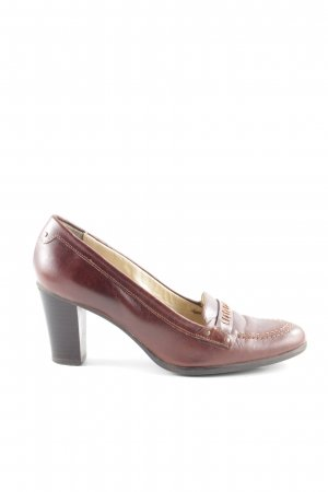 Pointed Toe Pumps brown casual look