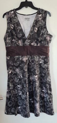 Patagonia Grey Flower Dress