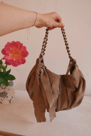 Patrizia Pepe Tasche aus Mailand mit süßen Details