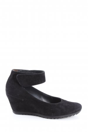 Paul Green Wedge Pumps black business style