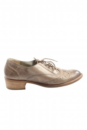 Paul Green München Wingtip Shoes brown elegant