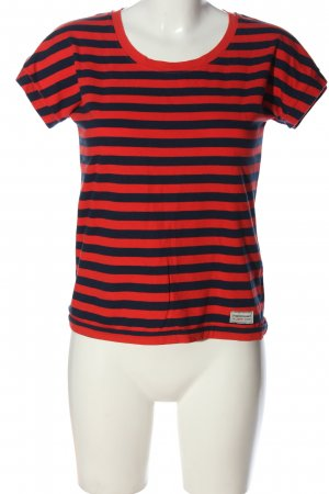 Peak performance Stripe Shirt red-blue striped pattern casual look