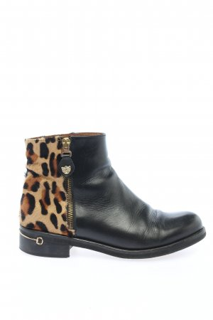 Pedro Miralles Ankle Boots leopard pattern casual look