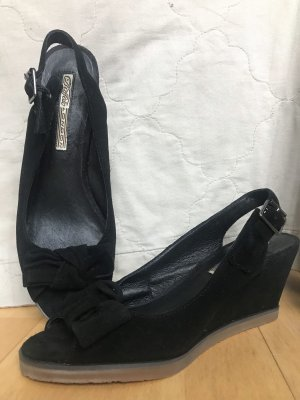 Buffalo Wedge Sandals black leather