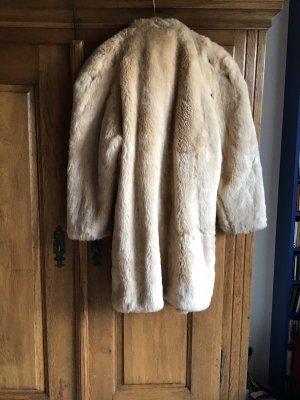 0039 Italy Cappotto in eco pelliccia crema-oro