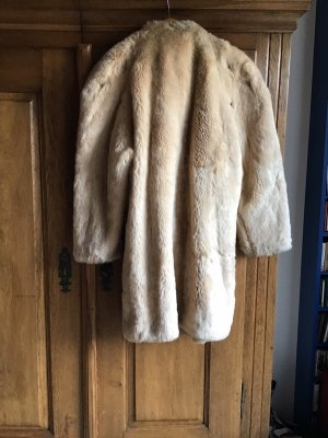 0039 Italy Pelt Coat cream-gold-colored