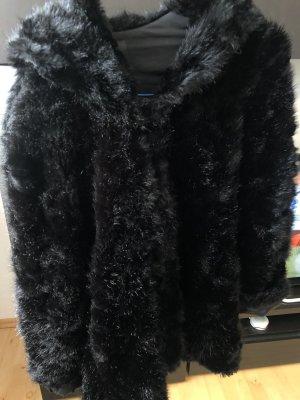 Zara Płaszcz ze sztucznym futrem czarny