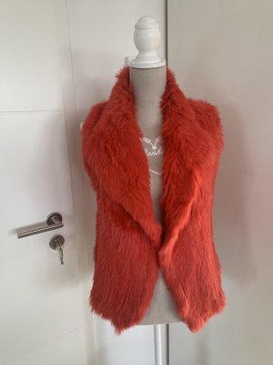 Fur vest red