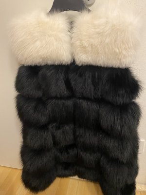 Fur vest black-white
