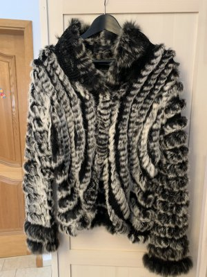 Pelt Jacket white-black