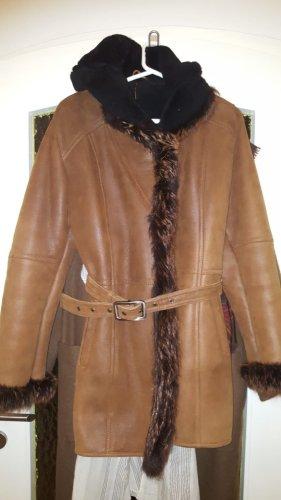 Manteau de fourrure noir-bronze fourrure