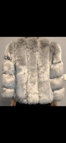 Pelliccia grigio