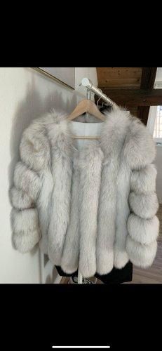 Futrzany płaszcz biały Futro