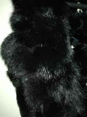 Madeleine Szydełkowany szalik czarny