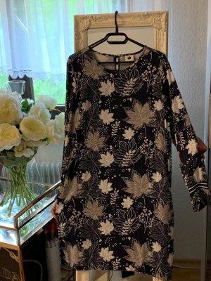 PEP Kleid mit Blättermuster