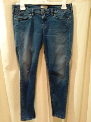 Pepe Jeans: 7/8 - Jeans, low waist, slim leg - Jeansgröße 30 (Gr.38 - 40) - gut!