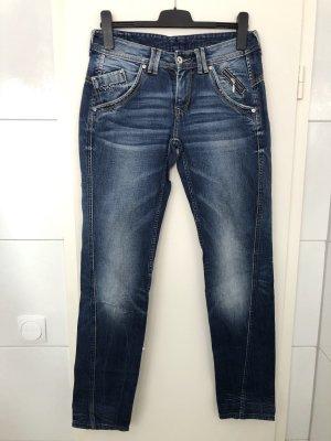 Pepe Jeans • Boyfriend • W26/34