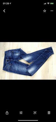 Pepe Jeans, G-Star und Cavalli Jeans