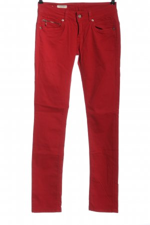 Pepe Jeans Vaquero hipster rojo look casual