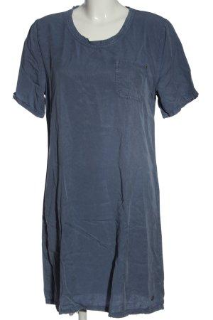 Pepe Jeans Vestido de manga corta azul look casual
