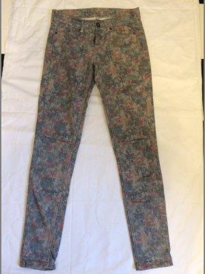""" Pepe "" Jeans mit floralem Muster"