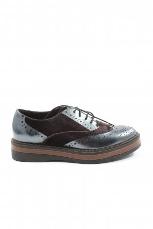 Peperosa Wingtip Shoes brown business style