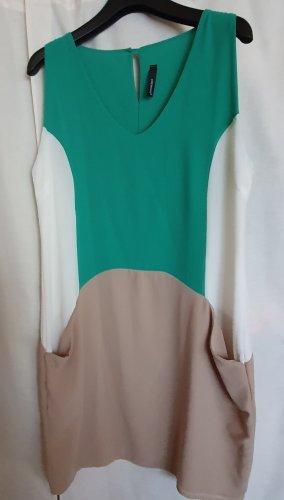 Peperosa Mini Kleid ärmellos V Ausschnitt grün beige