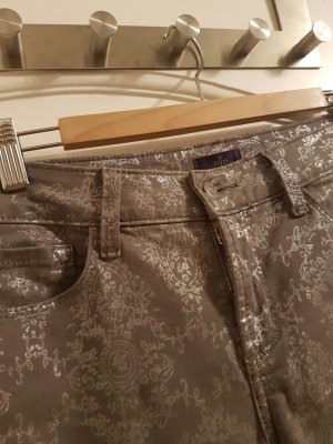 Perfekt ins Office oder After Work: NYDJ schmale Hose mit Silberprint, Gr. 4 (38)