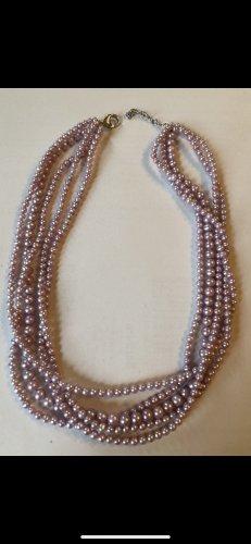 Collar de perlas color rosa dorado