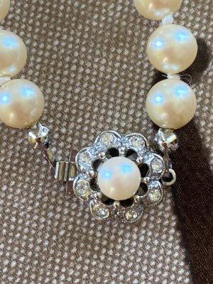 Perlen Halskette lang Blumen Anhänger