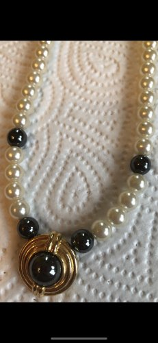 Collar de perlas blanco-color oro