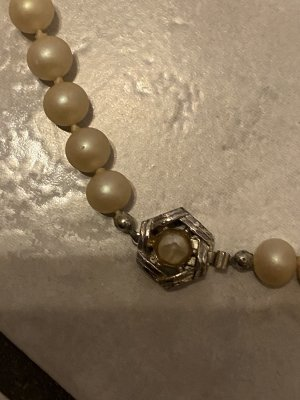 Pearl Necklace silver-colored-beige