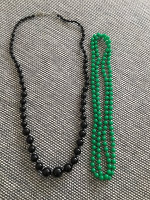 Collana di perle nero-verde bosco