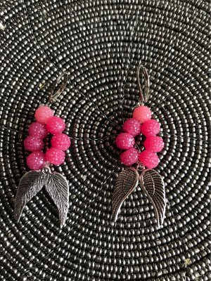 Orecchino di perle argento-rosa