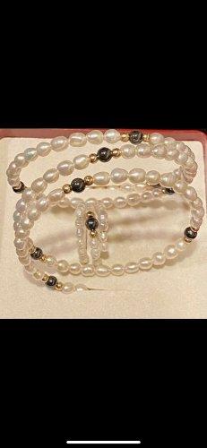 Bracelet blanc-noir