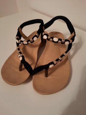 Sandalias de tacón con talón descubierto blanco-negro