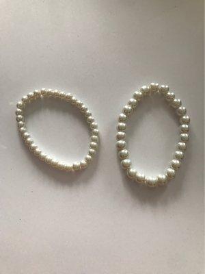 Bracelet en perles blanc cassé