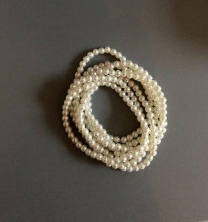Bracciale di perle bianco
