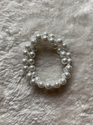 Brazalete de perlas blanco